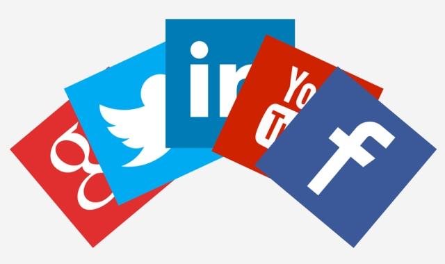 catspit-on-social-media